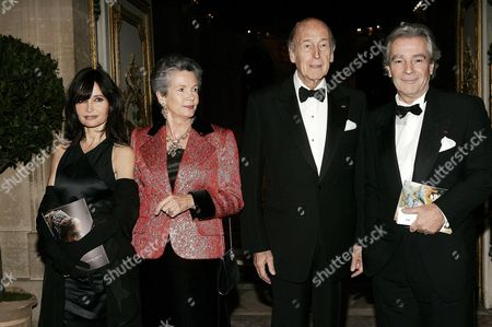 Evelyne Bouix, Anne Aymone Giscard d'Estaing, Valery Giscard D'Estaing and Pierre Arditi