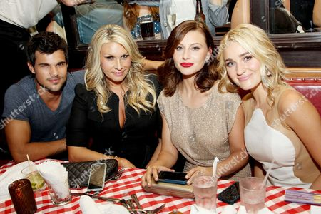 Taylor Lautner, Heather Parry, Alyson Michalka, Amanda Michalka
