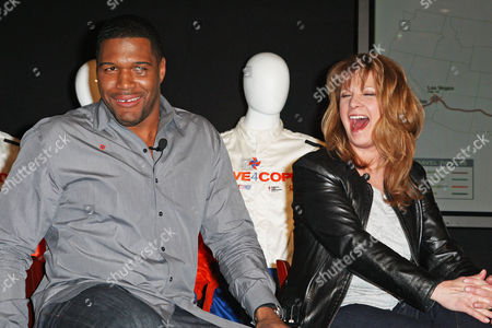 Michael Strahan and Patty Loveless