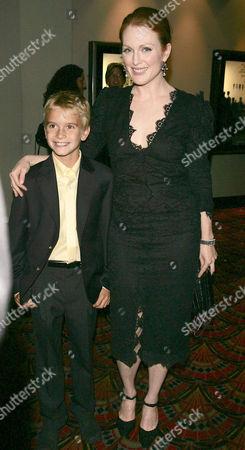 Stock Photo of Christopher Kovaleski and Julianne Moore
