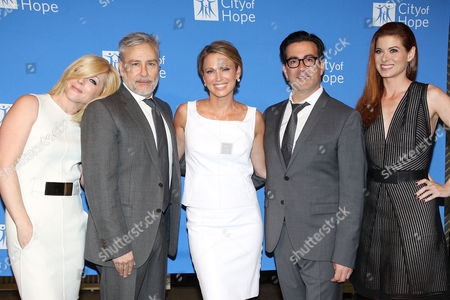 Jane Krakowski, Ken Kaufman, Amy Robach, Isaac Franco and Debra Messing