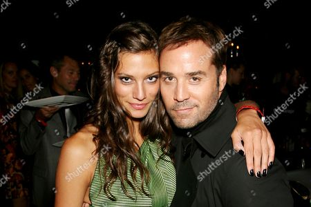 Stock Photo of Jeremy Piven and Michelle Lombardo