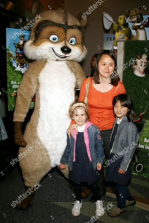 RJ Raccoon, Soon Yi Previn with daughters Manzie Tio and Bechet
