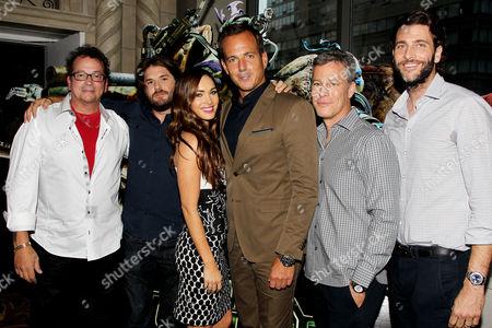 Kevin Eastman, Jonathan Liebesman, Megan Fox, Will Arnett, Brad Fuller, Andrew Form