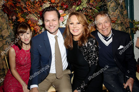 Stock Photo of Kate Wetherhead, George Merrick, Marlo Thomas, Greg Mullavey