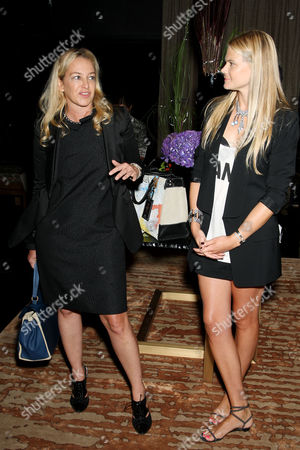 Fashion Director of Elle Anne Slowey and American Express host Kate Schelter