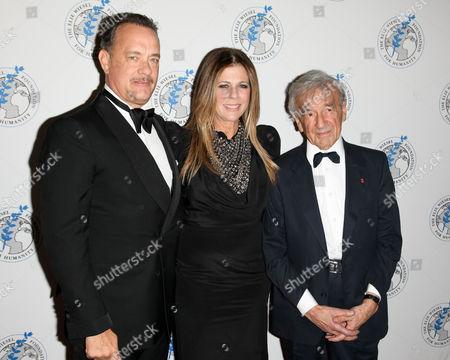Tom Hanks, Rita Wilson and Elie Wiesel