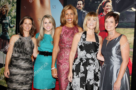 Stock Photo of JJ Ramberg (Founder of GoodSearch.com) and Haley Kilpatrick (Founder of Girl Talk), Hoda Kotb, Laura McEwen (VP and Publisher of SELF Magazine), Lisa Scarpinato (Founder of Kitchen on the Atreet)