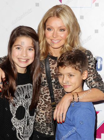 Kelly Ripa with Lola Consuelos and Joaquin Consuelos