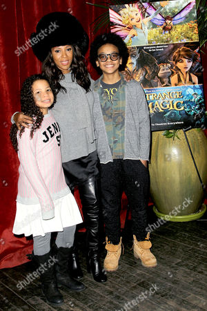 Stock Photo of June Ambrose, daughter Summer Chamblin and guest