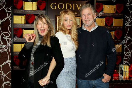 Blake Lively with parents Elaine Lively and Ernie Lively