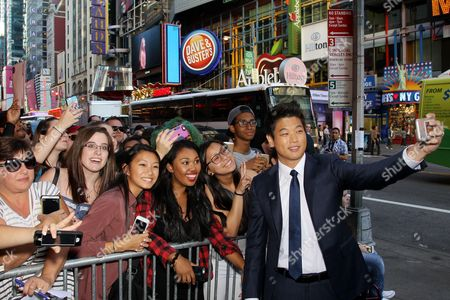 Stock Photo of Hi Kong Lee with Fans