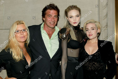 John Enos with Ivy Levan and Guests