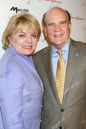 Suzanne Wright and Bob Wright