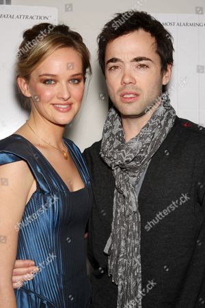 Jess Weixler and John Hensley