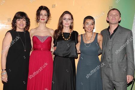 Christianne Amanpour, Zana Marjanovic, Angelina Jolie, Zainab Salbi and Goran Kostic