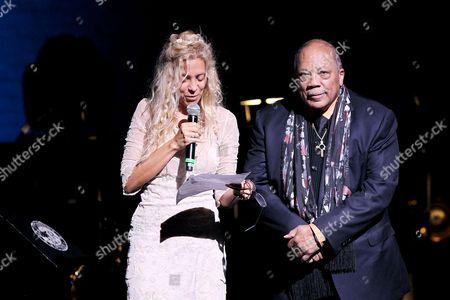 Wendy Oxenhorn and Quincy Jones