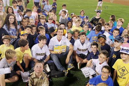 Zachary Gordon, Jeff Kinney and Robert Capron with fans