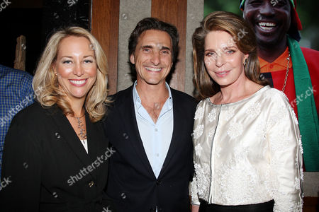 Valerie Plame Wilson, Lawrence Bender (Producer) and Queen Noor of Jordan