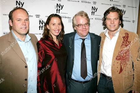 William Vince, Caroline Baron, Philip Seymour Hoffman and Michael Ohoven at the 'Capote' film premiere
