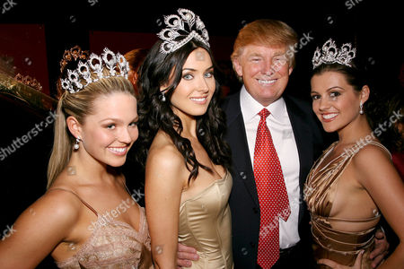 Miss Teen USA Allie LaForce 2005, Natalie Glebova  - Miss Universe 2005, Donald Trump and Miss USA Chelsea Cooley 2005