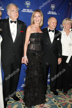 Carl Icahn, Sharon Stone, Police Commissioner Raymond Kelly and Veronica Kelly
