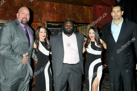 Paul Wright, Mark Henery, The Great Khali with Bella Twins