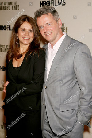 Aidan Quinn with wife Elizabeth Bracco