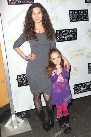 Stock Picture of Alicia Minshew with daughter