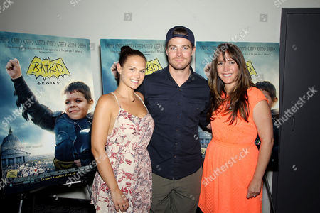 Cassandra Jean, Stephen Amell (Green Arrow), Dana Nachman (Director)