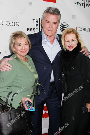 Stock Photo of Susan Patricola, Ray Liotta with Guest