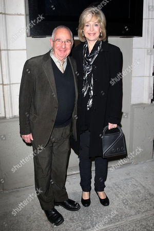 Stock Photo of Michael Tucker and Jill Eikenberry