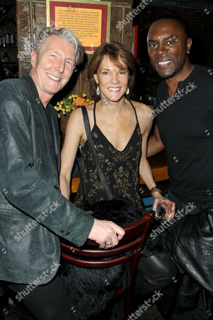 Byron Jennings, Carolyn McCormick, Richard Brooks