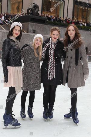 Julia Goldani Telles, Bailey Buntain, Kaitlyn Jenkins, Emma Dumont