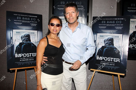 Stone Phillips with wife