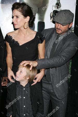 Stock Photo of Sandra Bullock, Jae Head and Tim McGraw