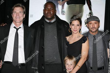 John Lee Hancock, Quinton Aaron, Sandra Bullock, Jae Head, Tim McGraw