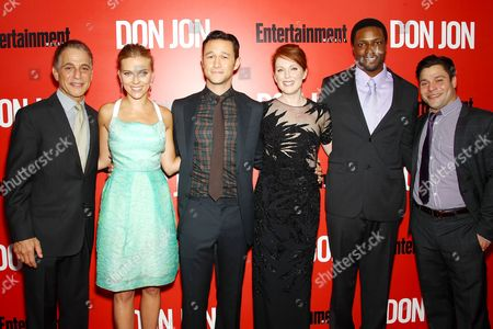 Stock Picture of Tony Danza, Scarlett Johansson, Joseph Gordon-Levitt, Julianne Moore, Rob Brown and Jeremy Luc