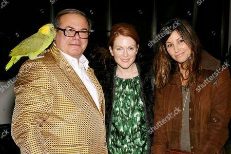 Hunt Slonem, Julianne Moore and Gina Gershon