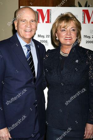 Bob Wright with wife Susan