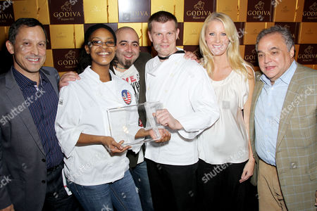 Jim Goldman (Pres. & CEO of Godiva), Clinton Street Baking Company,(winners), Duff Goldman, Sandra Lee, Lee Schrager
