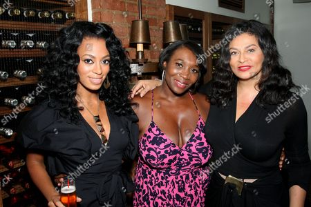Solange Knowles, Bevy Smith, Tina Knowles