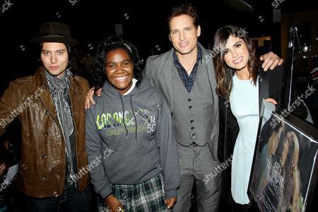 Jackson Rathbone, ultimate Twilight fan Shania O'Neil, Peter Facinelli and Nikki Reed