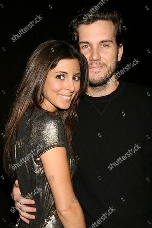 Jamie-Lynn Sigler and Scott Sartiano