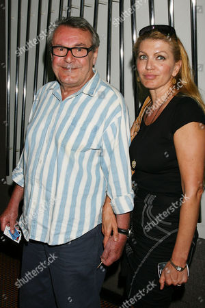 Milos Forman with wife