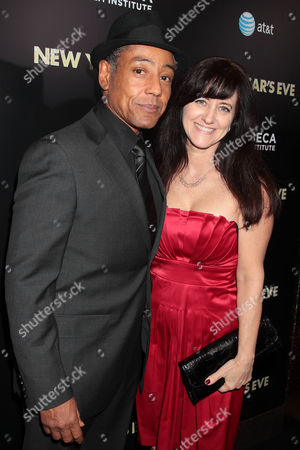 Editorial image of 'New Year's Eve' film premiere, New York, America - 07 Dec 2011
