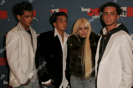 Stock Picture of Victoria Gotti and her sons Frank, John, and Carmine
