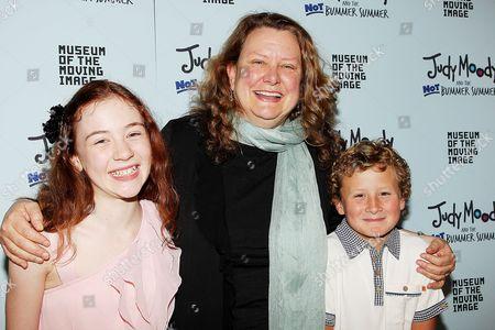 Jordana Beatty, Megan McDonald and Parris Mosteller