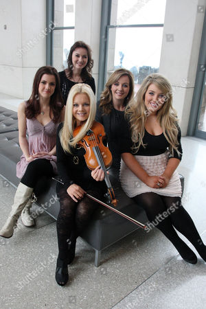 Celtic Woman - Lynn Hilary, Mairead Nesbitt, Lisa Kelly, Chloe Agnew and Alex Sharpe