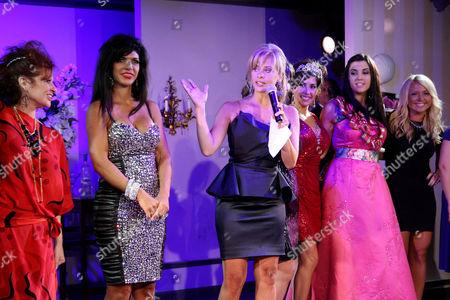 Caroline Manzo, Teresa Giudice, Dina Manzo, Jacqueline Laurita and Ashley Holmes